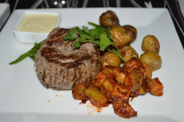 Perfectly-cooked tenderloin with roasted potatoes
