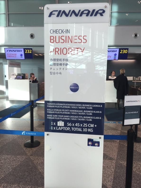 Business class check in area